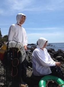 お二人とも海女さん暦は40年以上という、ベテラン海女さんです♪
